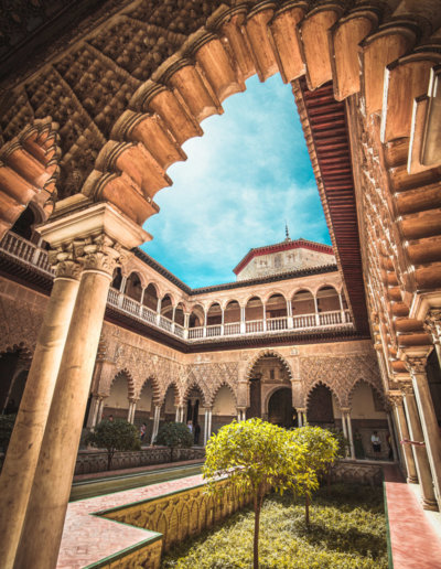 visit-alcazar-sevilla-spain-oasis-hostel-backpackers