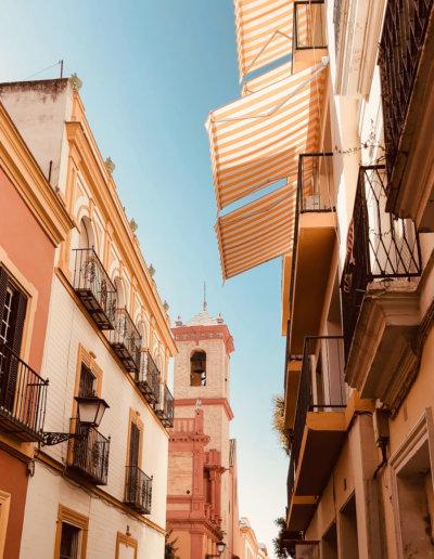 wander-in-seville-spain-find-great-hostel-oasis-backpackers